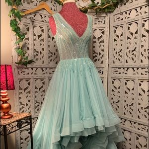 MACDUGGAL PROM PAGEANT SOFT TEAL HI LO RUFFLES